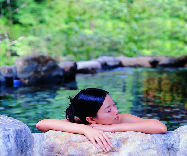 Enjoy Hot Springs in Zhangjiajie