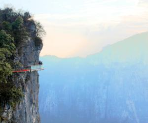 Tianmenshan Glass Plank Road