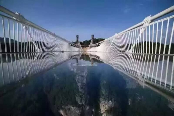 1 Day Private tour to Zhangjiajie Glass Bridge and Huanglong Cave