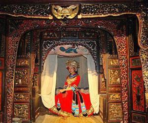Zhangjiajie Tujia Drip Bed