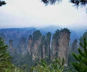 How much days for sight-seeing in Zhangjiajie?