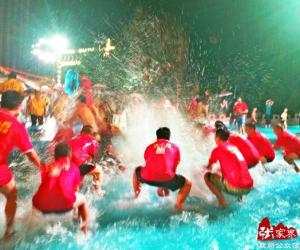 Zhangjiajie Songkran Festival held in Wanfu Hot Spring