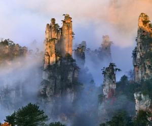 Zhangjiajie national forest park entrance fee fell to 225RMB