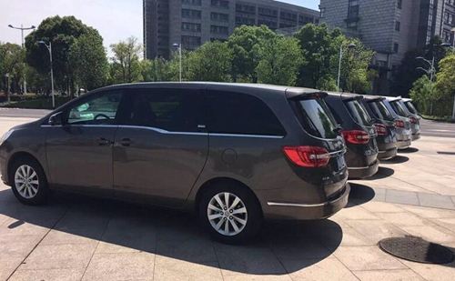 Car/Vehicle/Bus Rental in Changsha and Zhangjiajie and Fenghuang