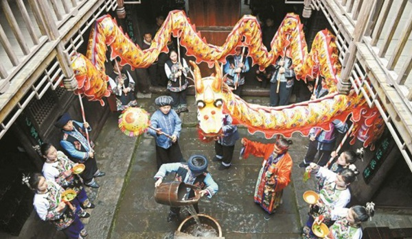 Spring Dragon Festival Celebrated in Qianzhou Ancient Town