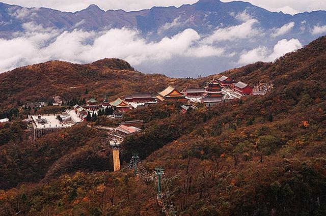 Tianmenshan Temple.jpg